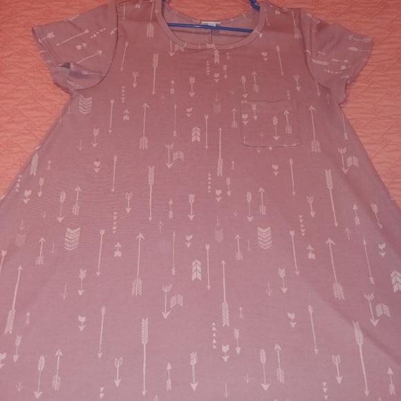 LuLaRoe Dresses & Skirts - LULAROE PINK ARROW CARLY! A UNICORN😍